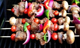 Grilled Lamb Kebabs with Mushrooms & Onions Serves 12 People
